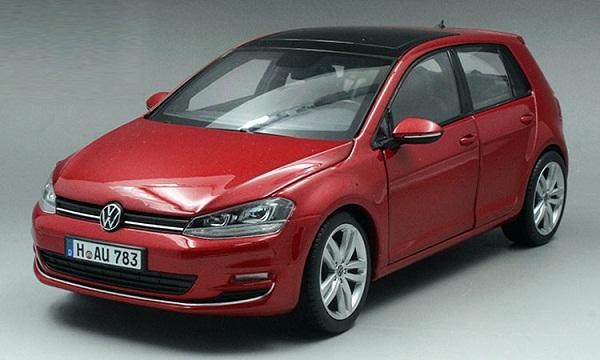โมเดลรถ โมเดลรถเหล็ก โมเดลรถยนต์ Volkswagen Golf 7 red 1