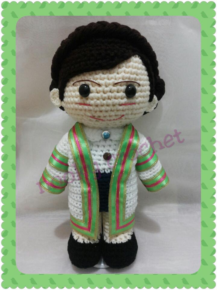 ตุ๊กตารับปริญญา เทคโนโลยีราชมงคลกรุงเทพ สูง 12 นิ้ว