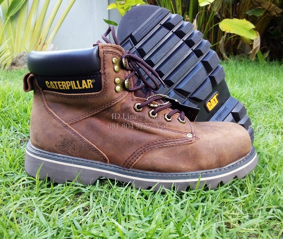 รองเท้าหนัง Caterpillar หนังแท้100% size 40-45 (หัวเหล็ก)