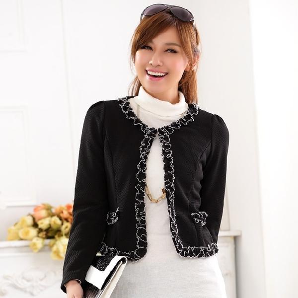 เสื้อแจ็คเก็ตคลุมไหล่สไตล์แฟชั่นเกาหลีไซส์ใหญ่ สีขาว/สีดำ (XL,2XL,3XL) JK-9718