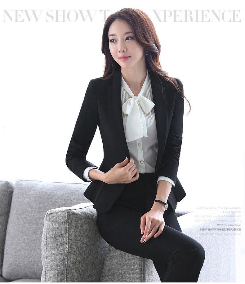 เสื้อสูทคลุมผู้หญิงแขนยาวสีดำ เรียบๆ