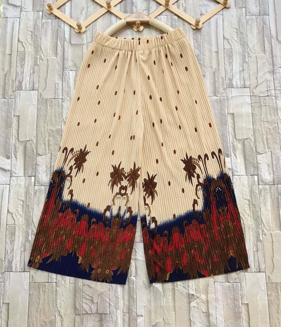 ส่ง:กางเกงพรีทเชิงปลายลายดอกสดใสผ้าเนื้อดีทิ้งตัว/เอวยืด25-45