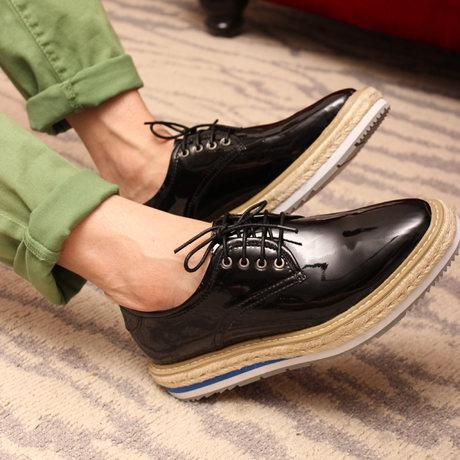 รองเท้าผู้ชาย | รองเท้าแฟชั่นชาย รองเท้าหนังแก้ว แฟชั่นเกาหลี