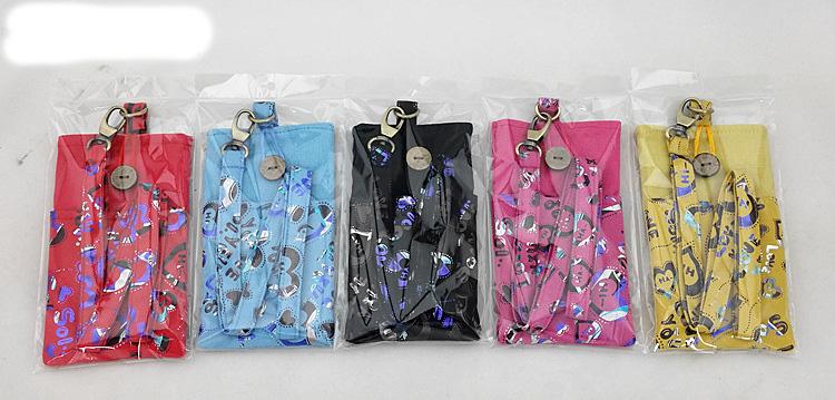 กระเป๋า มือถือ แขวนคอ 4.7 นิ้ว (9 x15.5cm) และ 5.5 นิ้ว (10.5 x17.5cm)