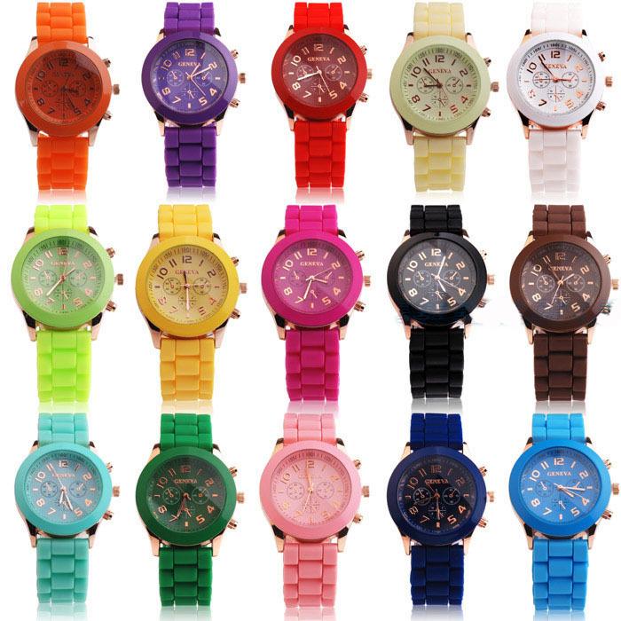 Geneva Quartz watches women นาฬิกาผู้หญิง แบรนด์ของฮ่องกง ระบบควอทด์ กันน้ำ กันสนิม สีฟ้า