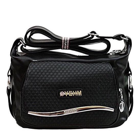 กระเป๋าสะพายข้าง Roof Line สีดำ รุ่น BB0155