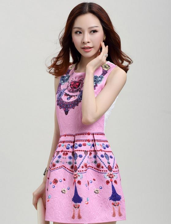 ชุดเดรสสวยๆราคาถูก ชุดแซกกระโปรงใส่ทำงาน สีชมพู พิมพ์ลายเก๋ๆสวยๆ ผ้าคอลตอลอัดลายดอกไม้ ซิปหลัง