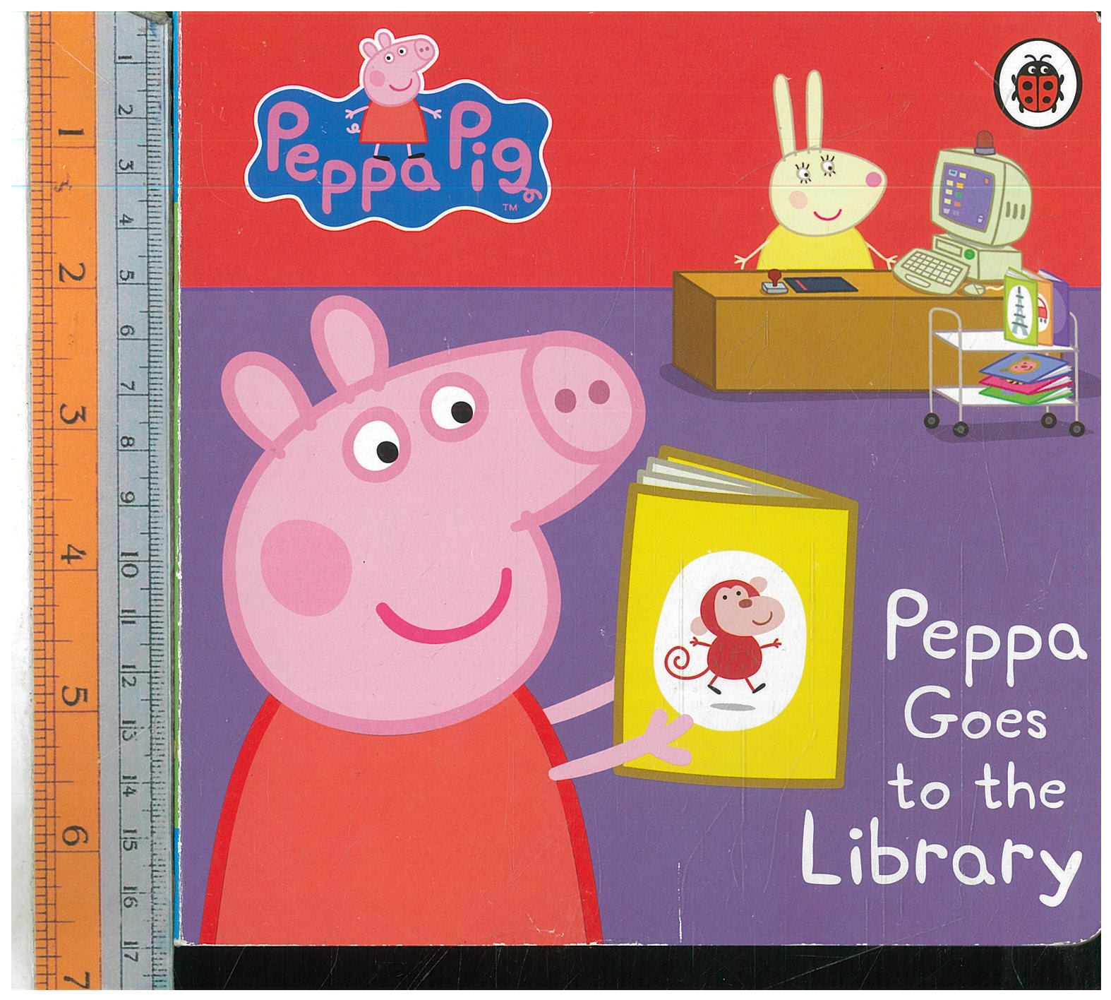 Peppa Goes to Library