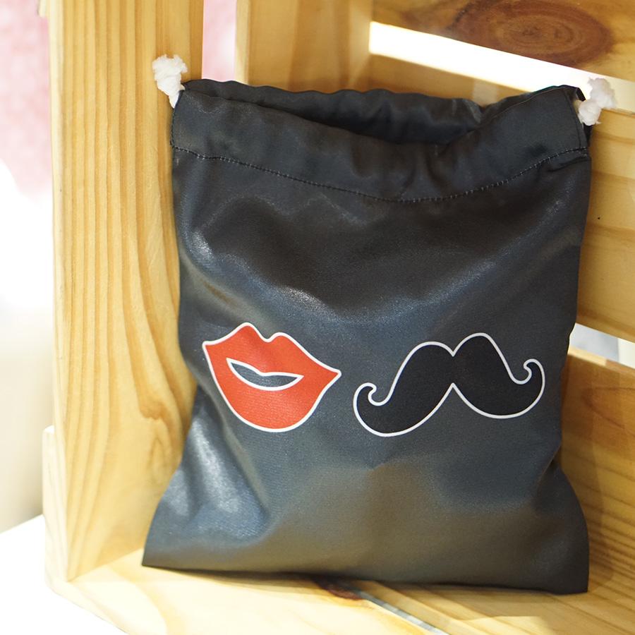 ถุงผ้าซาติน ลาย Lips