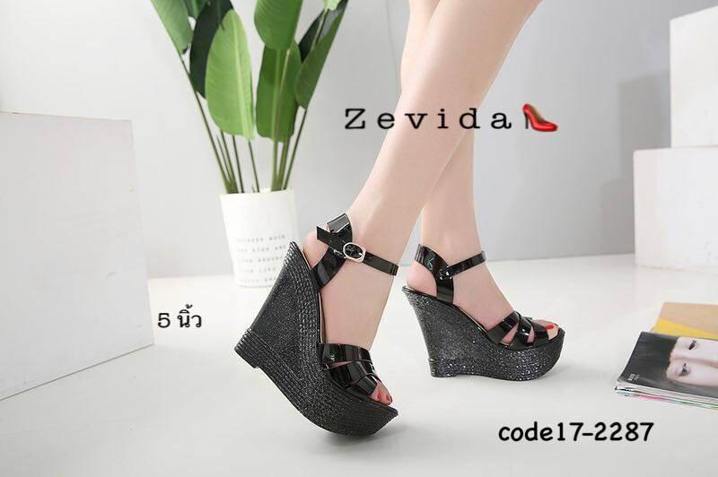 รองเท้าส้นเตารีดหนังแก้ว Style YSL (สีดำ)