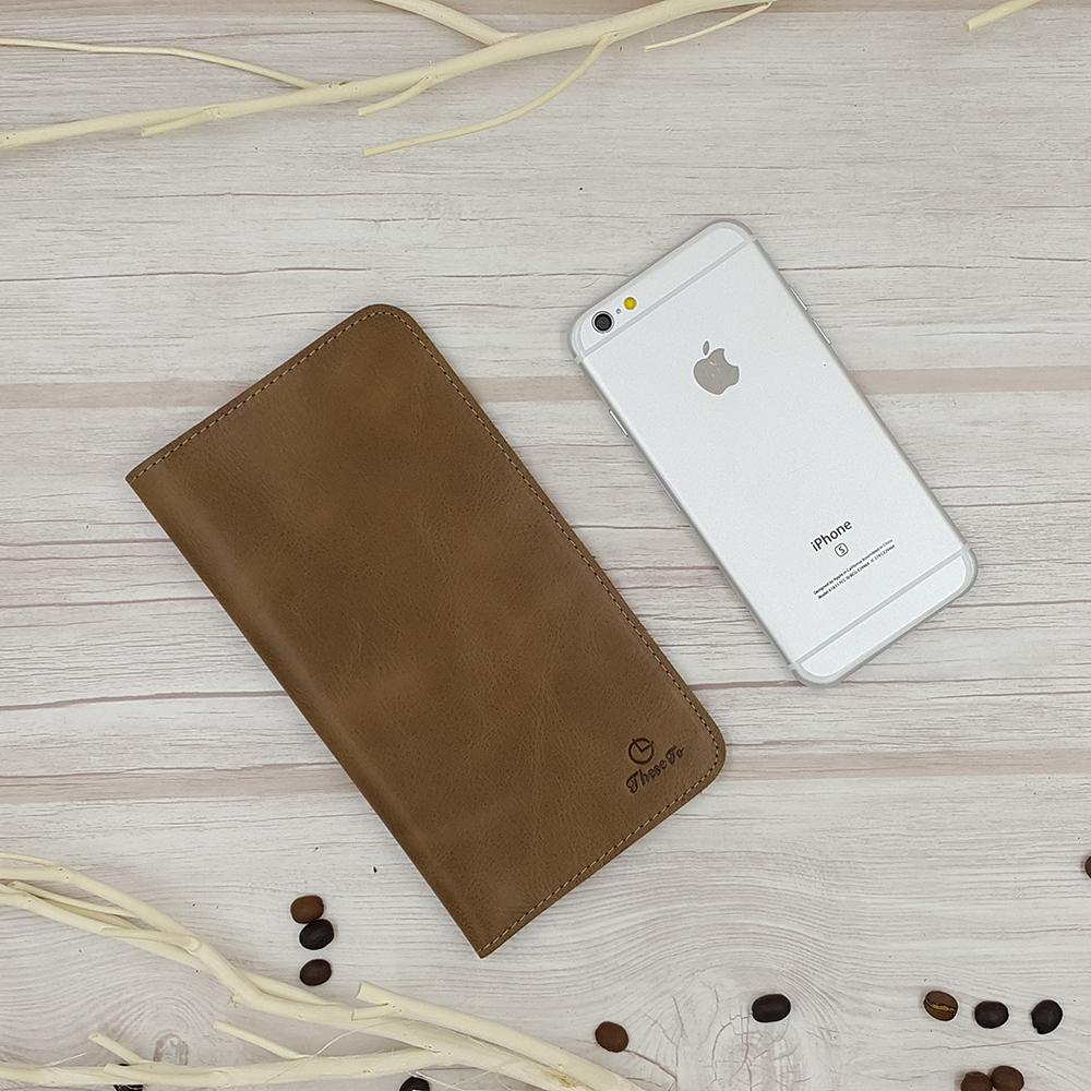 กระเป๋าสตางค์ผู้ชาย หนังแท้ 100% ใส่มือถือและเสียบสายชาร์ตได้ รุ่น Phone Wallet Leather Dark Brown