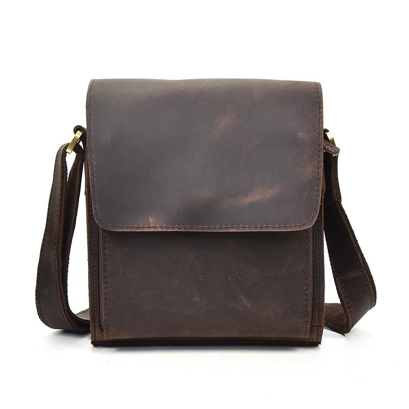 GT-7055R กระเป๋าสะพายข้างผู้ชาย หนังนูบัค สีน้ำตาลเข้ม