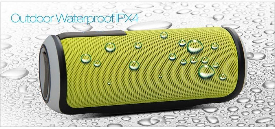 ลำโพง บลูทูธ W-KING X6 เป็นลำโพงพกพาขนาดกระทัดรัดพกพาง่าย คุณภาพเสียงดี สามารถ ใช้รับสายโทรศัพท์ได้และสามารถกันน้ำได้ ด้วยมาตรฐาน IPX4 ที่สามารถกันน้ำได้เป็นอย่างดี ตัวลำโพงผลิตจาก พลาสติกคุณภาพดี แข็งแรงทนทาน มีช่องเสียบ TF card และช่อง AUX ใช้งานได้ต่อเนื่อง 8-10 ชั่วโมง ขนาดแบตเตอรี่ 2000 mAh