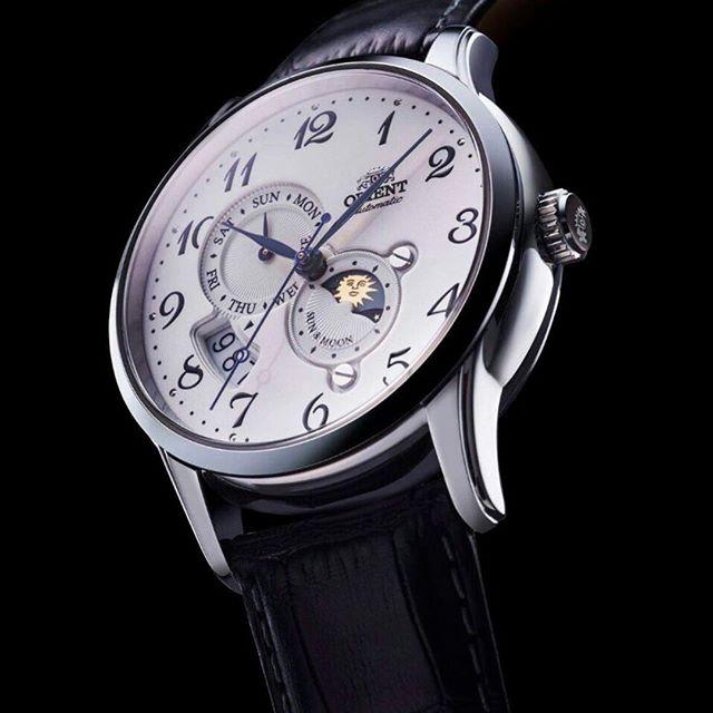 นาฬิกาผู้ชาย Orient รุ่น RA-AK0003S00B, Automatic Sun And Moon Japan Made Men's Watch