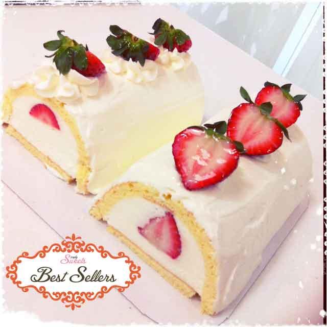 Strawberry Log Cakes