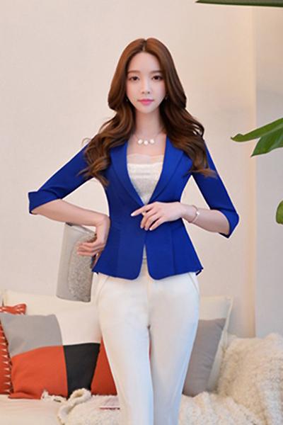เสื้อสูทแฟชั่น เสื้อสูทผู้หญิง สีน้ำเงิน แขนพับสามส่วน แต่งระบายด้านหลังด้วยผ้าชีฟอง