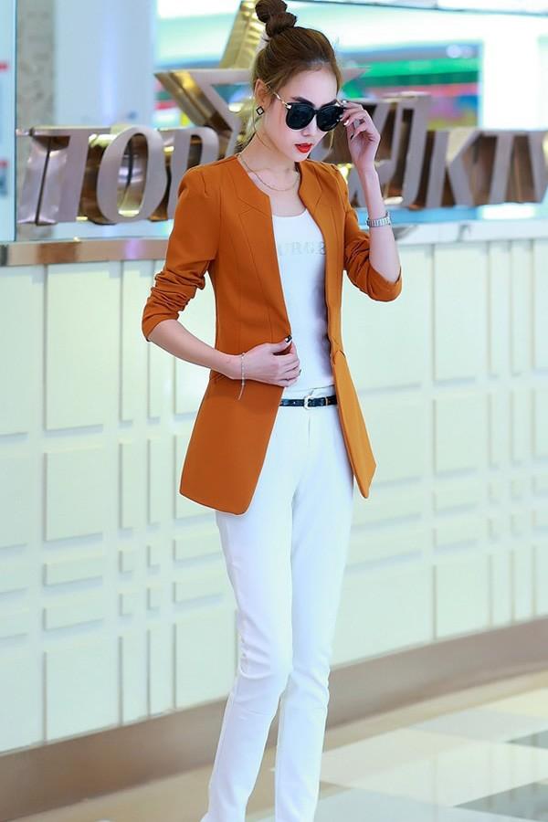 เสื้อสูทแฟชั่น เสื้อสูทผู้หญิงสีส้มอิฐ แขนยาว คอจีน ตัวยาวคลุมสะโพก ติดกระดุมเม็ดเดียว