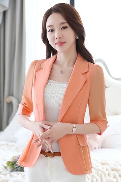 เสื้อสูทแฟชั่น เสื้อสูทผู้หญิง สีส้ม แขนพับสามส่วน แต่งระบายด้านหลังด้วยผ้าชีฟอง