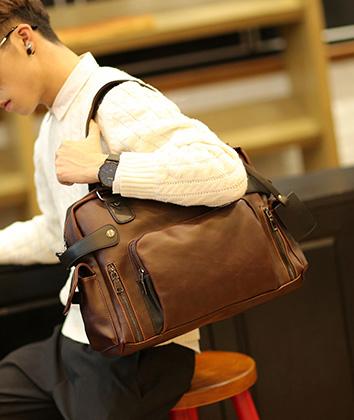 พร้อมส่ง กระเป๋าถือและสะพายผู้ชายนักธุรกิจ ใส่คอม ใส่หนังสือ ใส่เอกสาร แฟขั่นเกาหลี รหัส Man-618 สีน้ำตาล