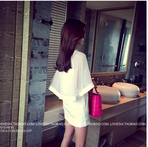 รับตัวแทนจำหน่ายชุดเดรสแฟชั่นเกาหลีสีขาวคลุมไหล่