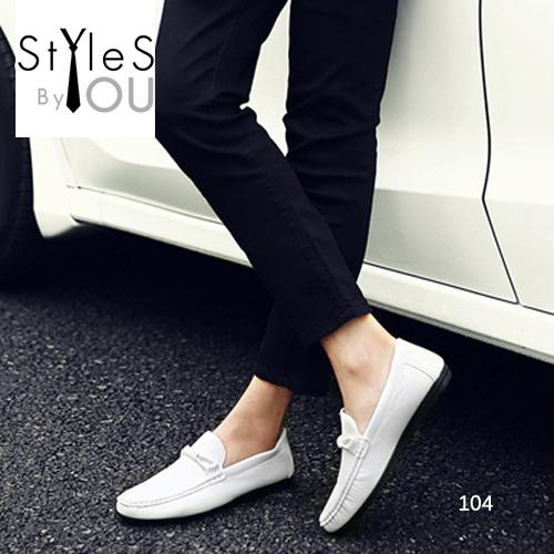 รองเท้าผู้ชายแฟชั่น ดีไซน์สวยเท่ห์ โทนสีคลาสสิค วัสดุหนัง PUอย่างดี มี 4 สี