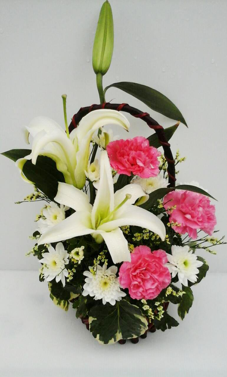 กระเช้าดอกไม้ลิลลี่ รหัส 2058