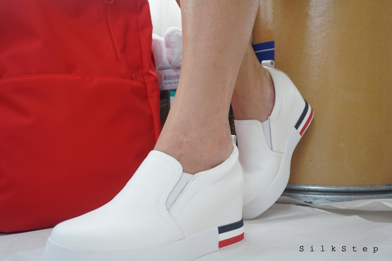 """รองเท้าสไตล์เกาหลี White Heel 2.5"""" Size 38"""