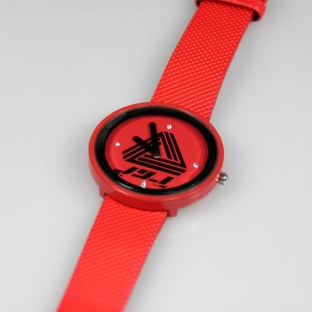 นาฬิกาข้อมือ JYJ