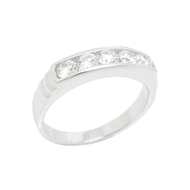 แหวนแถวประดับเพชรสีขาวชุบทองคำขาว