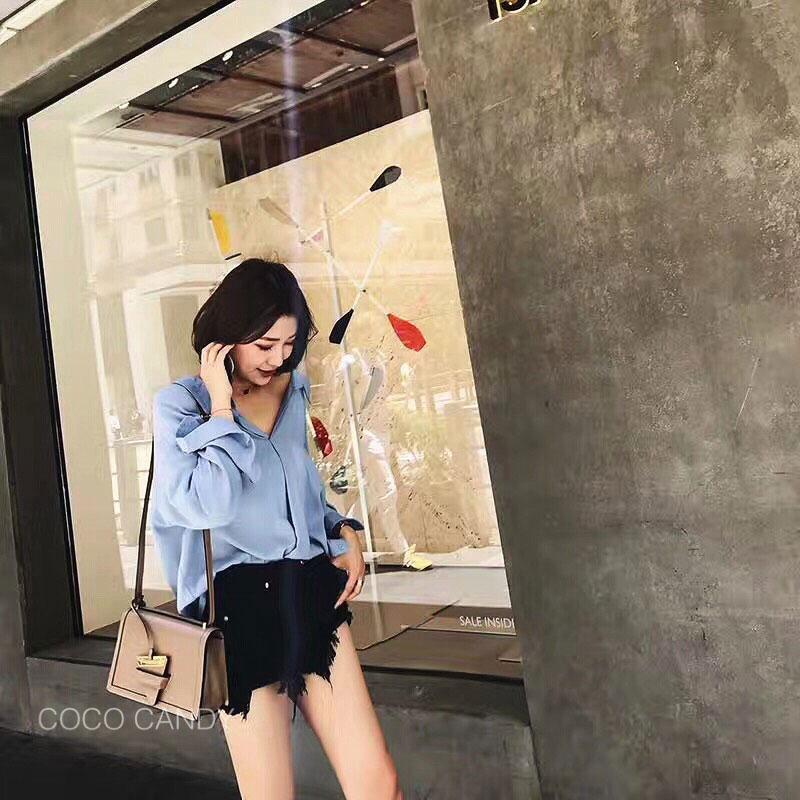 เสื้อเชิ้ตแฟชั่นเกาหลี Korea Sexy U Back Shirt