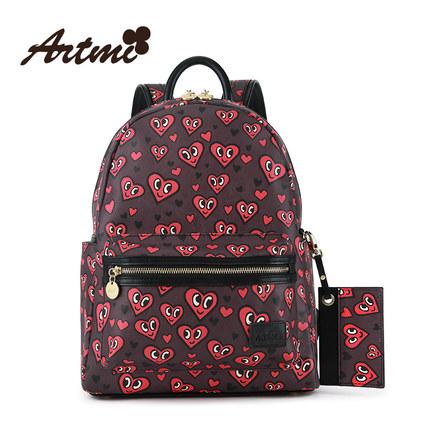 กระเป๋าเป้ลายหัวใจแดงๆ แบรนด์ Artmi ของแท้ 100%
