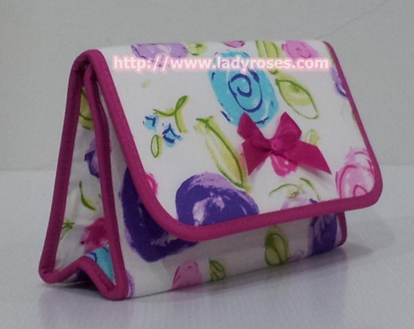 กระเป๋าเครื่องสำอางค์ นารายา ผ้าคอตตอน พื้นสีขาว ลายดอกไม้หลากสี มีกระจกในตัว Size L (กระเป๋านารายา กระเป๋าผ้า NaRaYa)