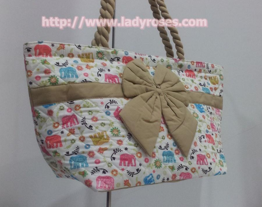กระเป๋าสะพาย นารายา Size L ผ้าคอตตอน ลายช้าง หลากสี ผูกโบว์ สายหิ้ว หูเกลียว (กระเป๋านารายา กระเป๋าผ้า NaRaYa กระเป๋าแฟชั่น)