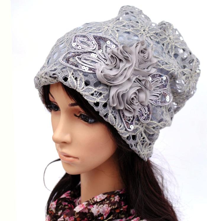 (Pre-order) หมวกคลุมผม หมวกไหมพรมผ้าฝ้ายถัก แฟชั่นหมวกคลุมผม สวยเก๋ ปักลวดลายตาข่าย-ดอกไม้ สีเทา