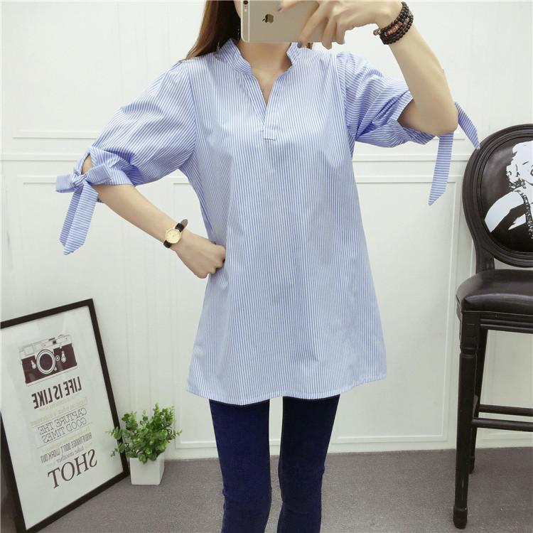 PreOrderเสื้อผ้าคนอ้วน - เสื้อแฟชั่น เสื้อเชิ้ตผ้าฝ้ายคอวี แขนสั้นผูกโบว์ปลายแขน ใส่สบาย สีฟ้า