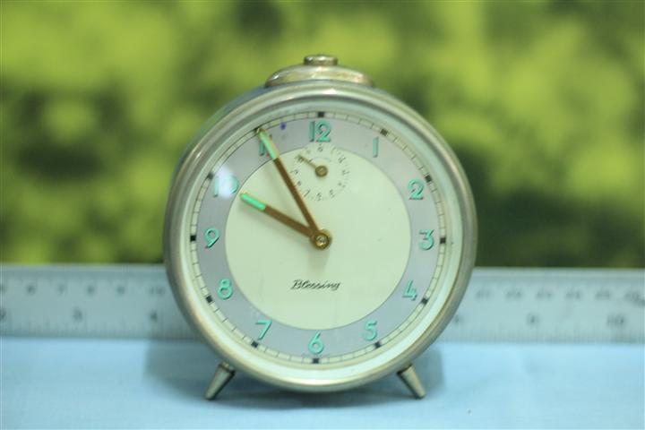 T0621 นาฬิกาปลุกเยอรมันโบราณ Blessing ส่ง EMS ฟรี