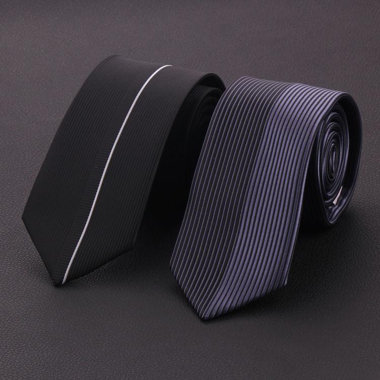 Pre Order เนคไทแนวเกาหลี ลายเส้นโทนสีดำ ปลายแหลม มี2สี