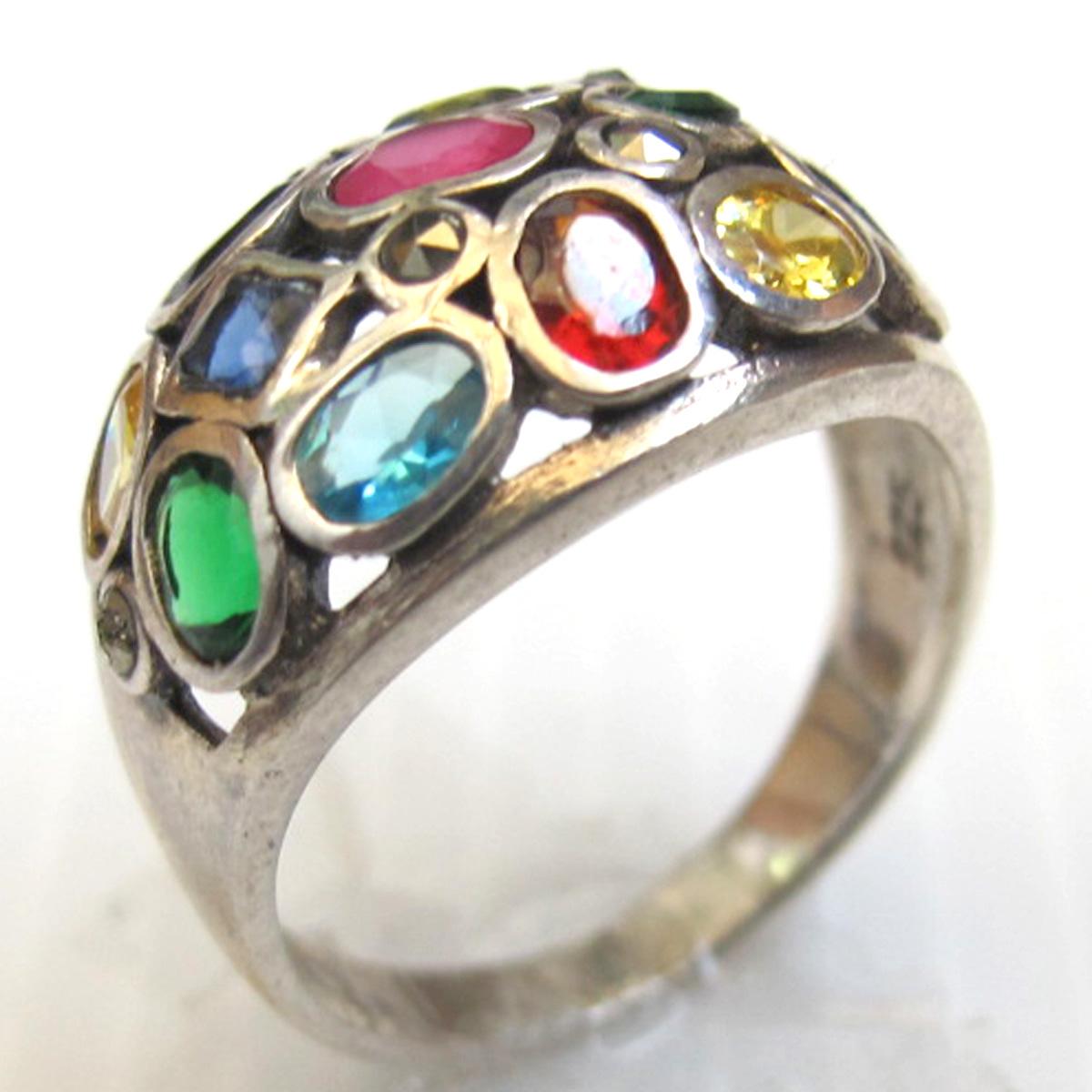 แหวนพลอย
