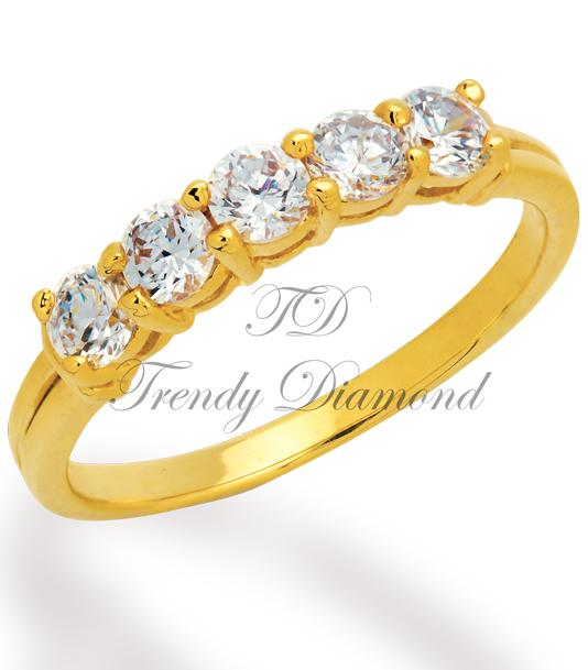 แหวนเพชรแถว 5 เม็ด สีทอง