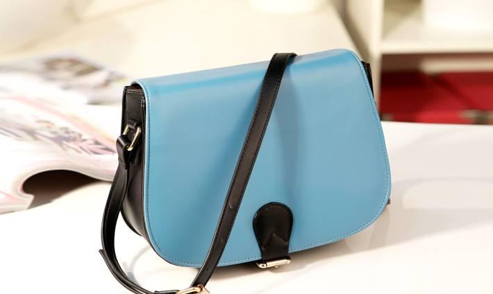 กระเป๋าแฟชั่นAxixi สีฟ้า สไตล์สาวหวาน เหมาะกับสาว ๆ วัยใส น่ารัก สะพายเท่ ๆ สวยไม่มีเอาท์
