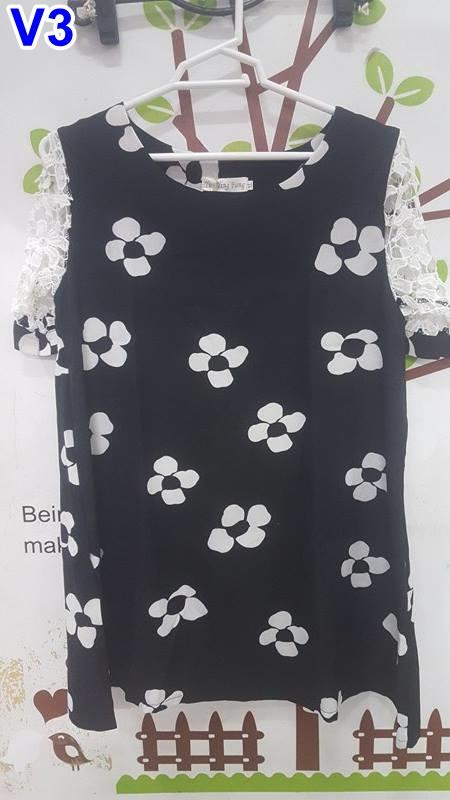 #สินค้ายอดนิยม #เสื้อคลุมท้องแฟชั่น ผ้าชีฟองสีดำคอกลมแขนสั้นลูกไม้ ปักลายลายดอกไม้สีขาว ผ้านิ่มใส่สบายจร้า