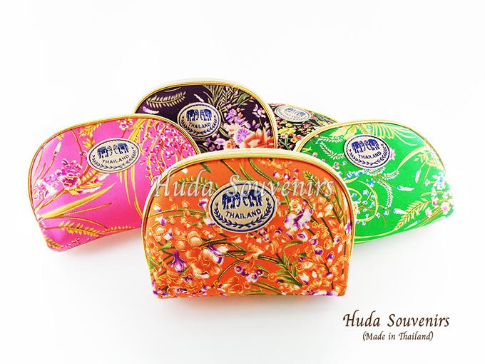 ของที่ระลึกไทย กระเป๋าผ้าลายไทย ขอบทอง (ขนาด: ขอบทอง M) ลายดอกไม้ หนึ่งโหลคละสี จำหน่ายยกโหล สินค้าพร้อมส่ง