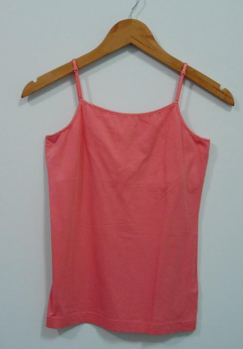 jp4101 เสื้อสายเดี่ยวผ้ายืดสีส้ม สายบ่าปรับได้ รอบอก 32-34 นิ้ว