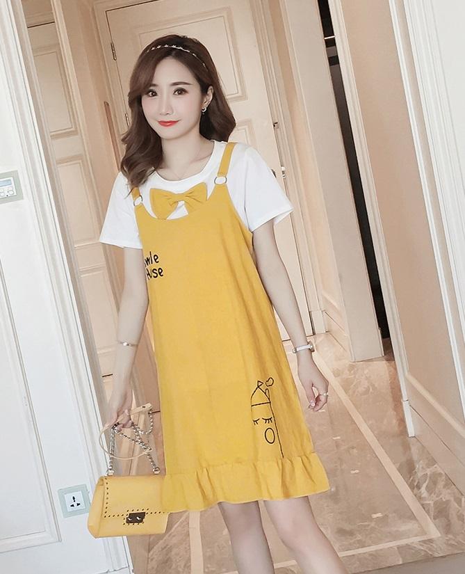 เอี้ยมคลุมท้องตัวเอี้ยมสีเหลือง สกรีนsmile house เสื้อยืดสีขาวปักโบว์ที่อก สำหรับคุณแม่ตัวเล็กน่ะค่ะ