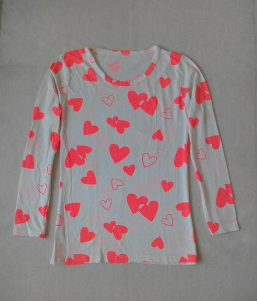 เสื้อยืดแขนยาวพื้นขาวลายหัวใจน่ารัก