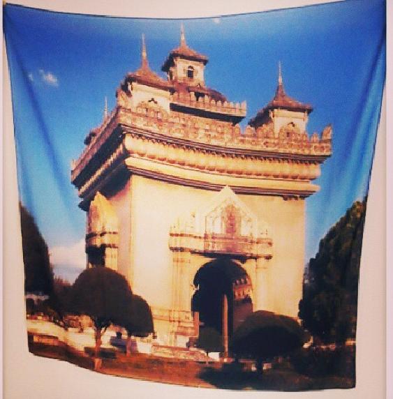 ผ้าพันคอ Travel Collection